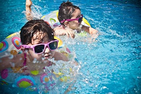 Impreza na basenie dla dzieci