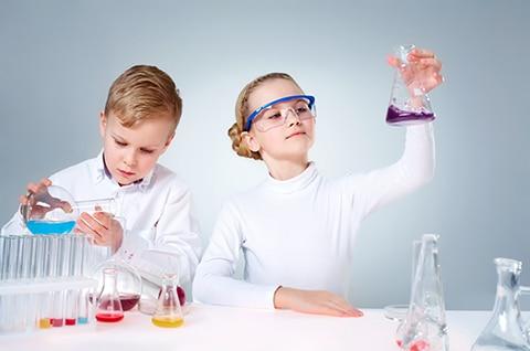 """Warsztaty """"mały chemik"""" dla dzieci"""